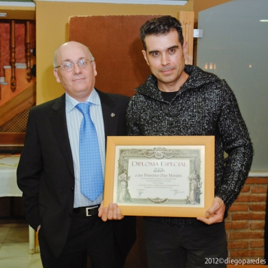 Entrega de Diploma Especial de Agrafi a Francisco Díaz Morales.