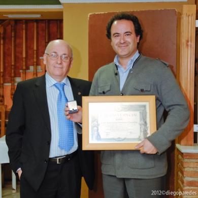 Entrega de Diploma Especial e Insignia de Oro de Agrafi a Juan Carlos Fernández Campillos.