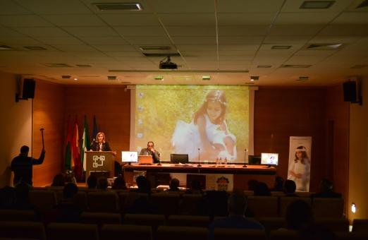 Comienza la ponencia de Maru Serra