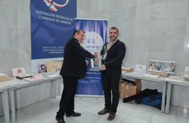 La empresa colaboradora ATL Servifot sortea un album entre los asistentes