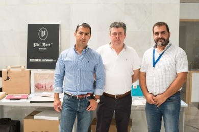 El Presidente de Agrafi con la empresa Pielfort - Juan Manuel y Rafael Romero