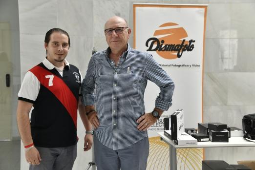 STAND DE DISMAFOTO - Patrocinador del evento